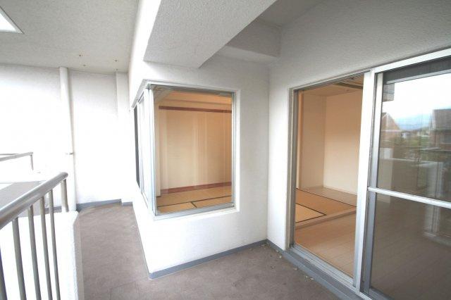 【バルコニー】早良区原8丁目 中古マンション2LDK 2階