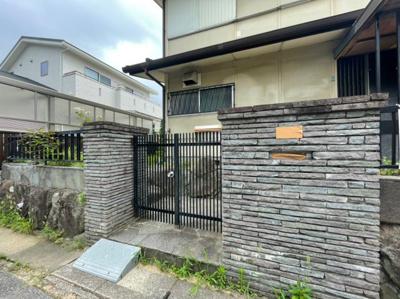 【エントランス】神陵台9丁目戸建