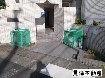 【エントランス】エスカーラ植田