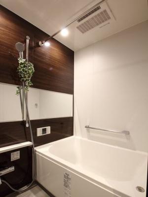【浴室】日興パレス永代 3階 角 部屋 リ ノベーション済 門前仲町駅8分