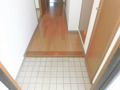 【玄関】クラウンマンション