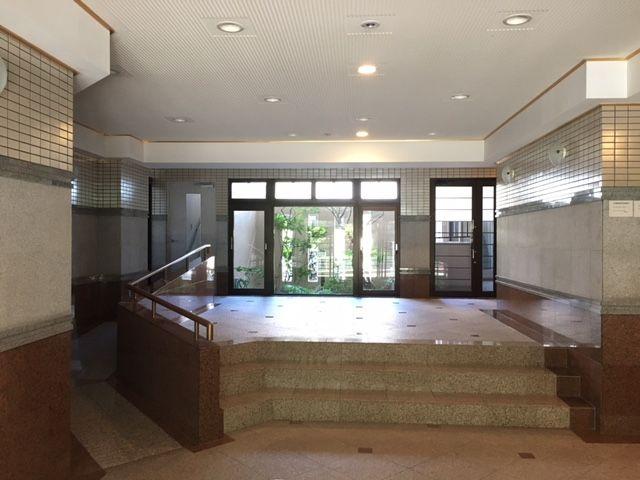 【エントランス】南区長住5丁目 中古マンション3LDK 1階
