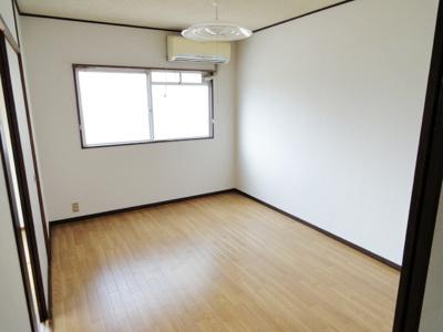 【洋室】サングリーン6