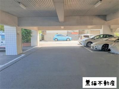 【駐車場】ネオ・ウィスタリア1