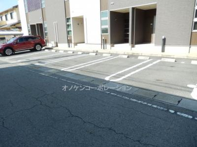 【駐車場】サンフローラ