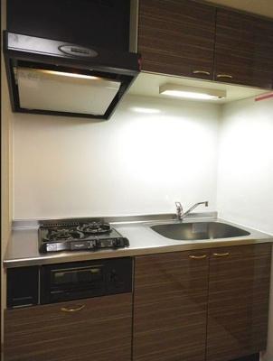 シンプルで使いやすいキッチンです。(同一仕様写真)