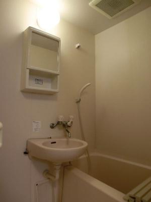 グリーンベルハイツ 307 お風呂上りは換気扇をご使用下さい