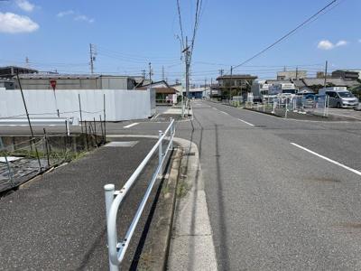 前面道路含む現地写真(2021年7月撮影)