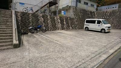 【駐車場】ショーエムハイツ