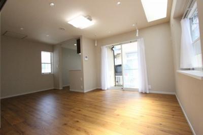 ゆったりとした居間です:リフォーム完了済♪平日も内覧出来ます♪