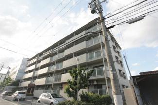 【サンマンション東塚口】地上5階建 総戸数25戸 ご紹介のお部屋は最上階の角部屋です♪