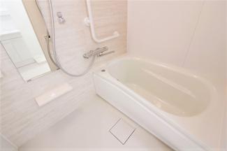 浴室です♪一日の疲れを癒してくれます♪