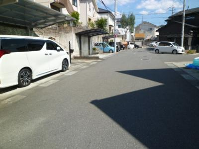 駐車2台可(普通車+軽自動車)