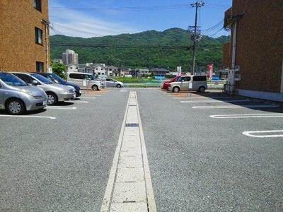 【駐車場】サニーガーデンⅡ