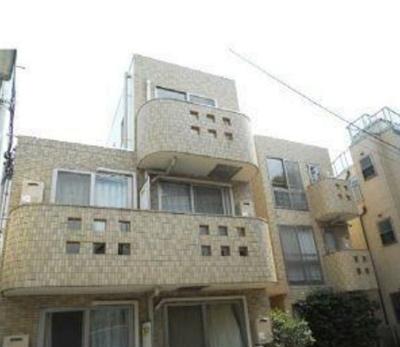 鉄筋コンクリート造のがっしりした造り。