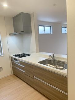 【建物プラン例/キッチン】 お色・素材お好きなものをお選びいただけます!モデルハウスご見学受付中♪