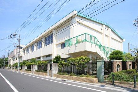 世田谷区松沢中学校