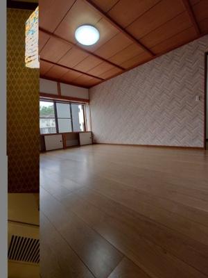 【洋室】尾長東米岡貸家