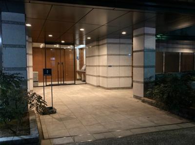 【エントランス】コスモ上野 パークサイドシティ 3階 リ フォーム済 2001年築