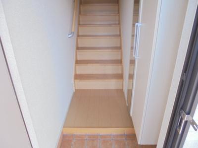 【玄関】ミルト ハウス