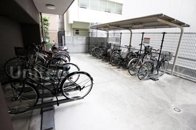 大切な自転車を雨から守ります