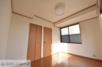 3階主寝室の入り口横にWICを設置♪