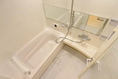 【浴室】ロイヤルメドゥ東心斎橋