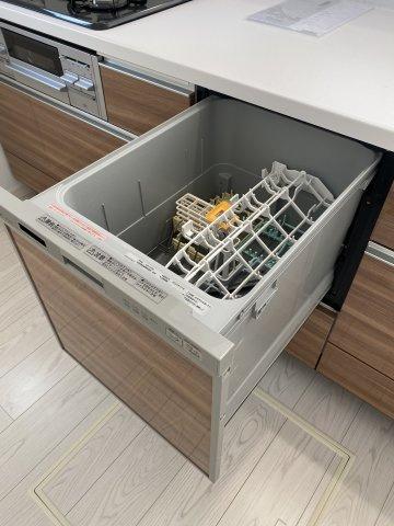 オール電化のIHヒーターで掃除もラクラク♪グリル付き。