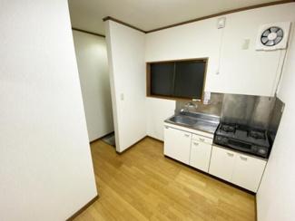 【キッチン】《満室!木造14%》長岡市長峰町一棟アパート