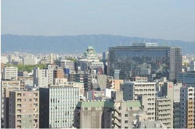 南東方向に大阪城がご覧頂けます♪