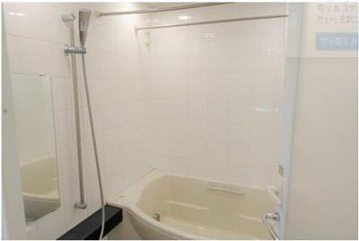 浴室は24時間換気機能付♪