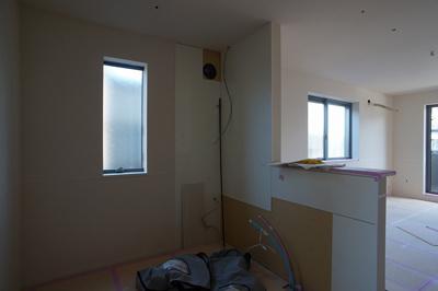 窓のあるキッチンスペースです(施工中 他室です)