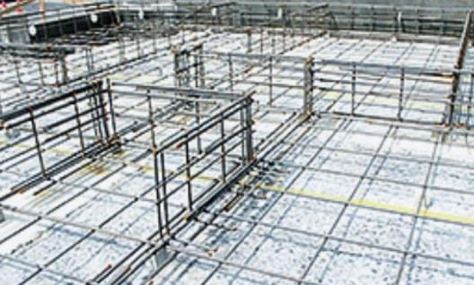 基礎の背筋工事は13ミリでなく16ミリの鉄筋を採用