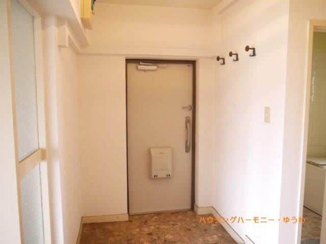 【玄関】前野台住宅第4号棟