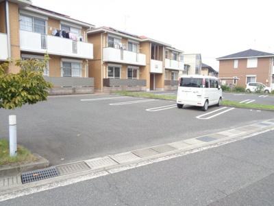 【駐車場】ガーデン四季 さくら