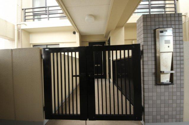【玄関】グリーンマンション神松寺ナチュレ1番館