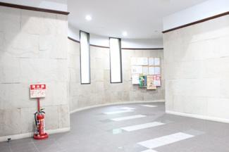 近隣には金光稲荷神社・広島東照宮があります
