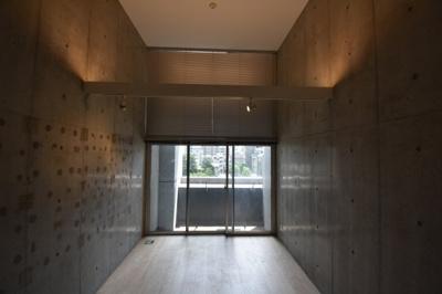 【内装】圧倒気な天井の高さデザイナーズ ZOOM麻布十番