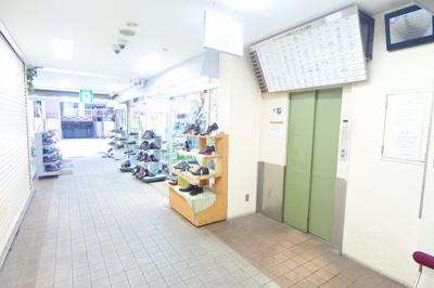 【エントランス】インペリアル船場