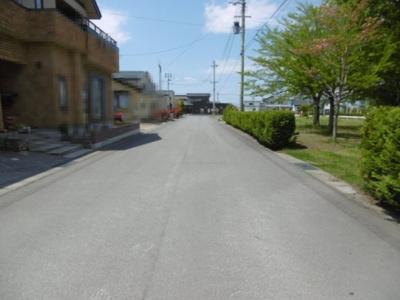 【前面道路含む現地写真】平川市猿賀南野土地
