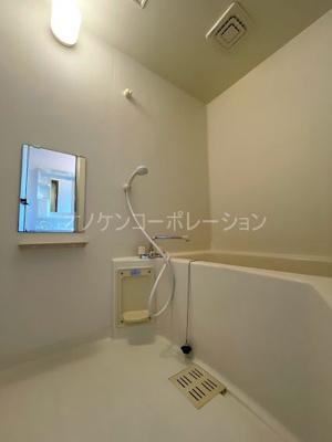 【浴室】クインシィー8