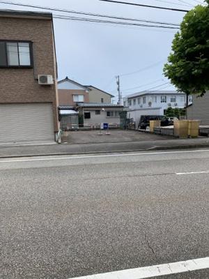 【前面道路含む現地写真】本江新町404、405