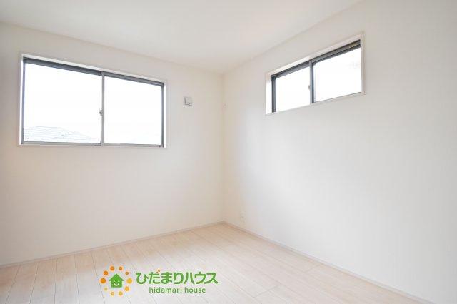 【洋室】桶川市末広3丁目 新築一戸建て 01