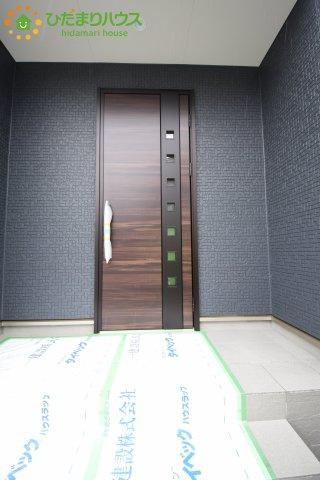 【玄関】伊奈町本町 第2 新築一戸建て リーブルガーデン 01