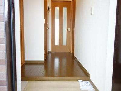 【玄関】コーポレート上戸田