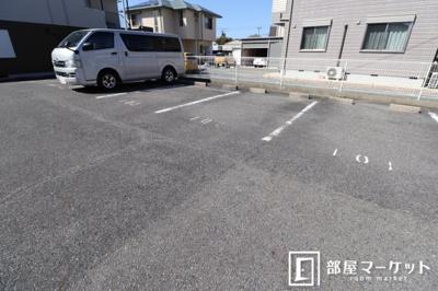 【駐車場】サードニクス天白
