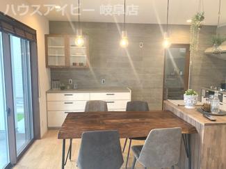 羽島市小熊町 新築戸建限定1邸 南側にあるお庭まで抜けられる通り土間のあるお家♪モデルハウスの販売!