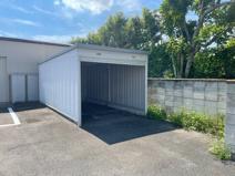 シャッター付車庫兼倉庫の画像