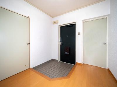 【玄関】ドエルアズマ