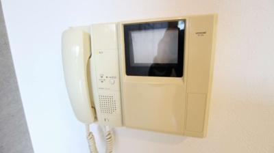 TVモニター付きインターホンがあります